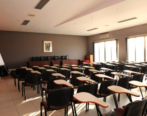 salle-conference-80-azit-tanger